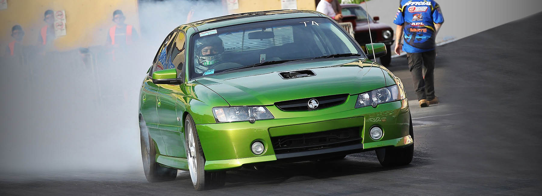 green holden racing car at sydney dragway
